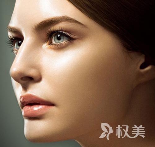 硅胶隆鼻效果怎么样 对于鼻梁低鼻尖形状较好者效果更佳
