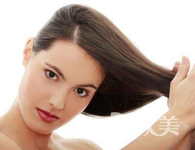 在重庆莱森做头发种植后 脂溢性脱发竟然好了