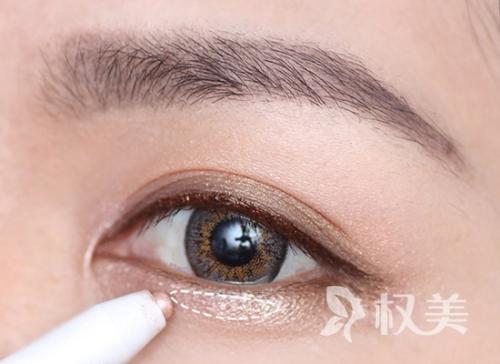 丰卧蚕的手术方式有哪些 眼眸卧蚕惟妙惟肖