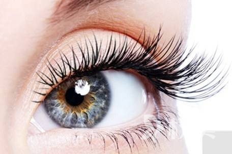 种睫毛可以洗脸吗 专家提醒种植部位短期内勿沾水