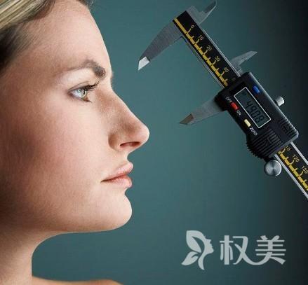 假体隆鼻的材料特点有哪些呢 假体隆鼻的失败因素有哪些呢