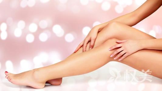 小腿吸脂效果怎么样 通过脚踝内侧0.5厘米小切口伸入皮下脂肪