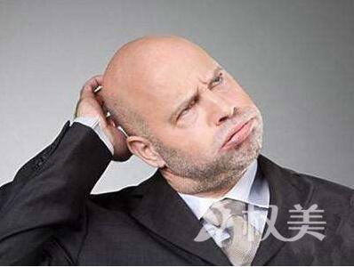 秃头长头发方法哪种 重庆做头发加密大概得多少钱