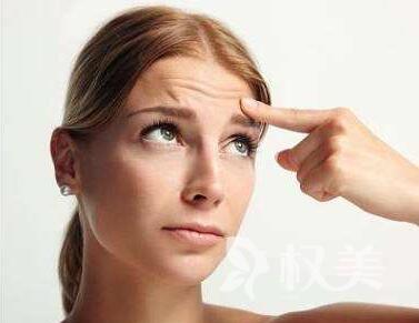 抬头纹怎么去 电波拉皮除皱拉紧皮肤轻松去皱