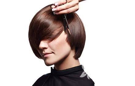种植头发恢复期 哈尔滨瑞丽诗头发稀疏加密多少钱
