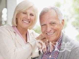 云南中医学院附设中医院整形激光治疗老年对于自己斑 做回年轻⌒ 女人