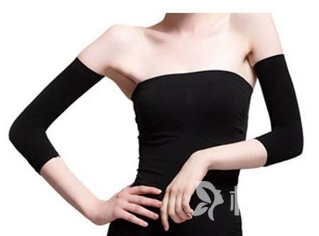 手臂吸脂安全吗 浙江人民医院整形科手臂吸脂多少钱