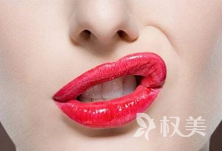 厚唇变薄多少钱 厚唇变薄会留疤吗