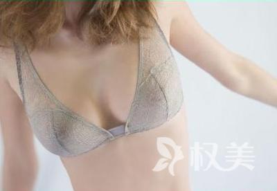 乌鲁木齐世纪亚太整形医院吴政谚乳房假体手术方式怎样