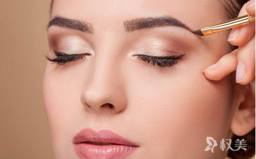 纹眉和绣眉的区别是什么 成都美容整形医院眉部整形价格是多少