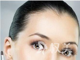 張掖市人民醫院美容整形科單眼皮埋線怎么樣 放大你的雙眼