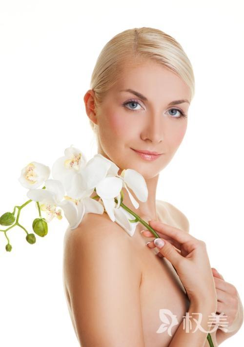 乳房下垂怎么治 芜湖哪家整形医院乳房下垂矫正效果好 大概费用多少
