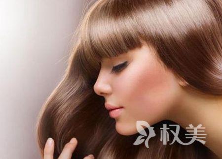 植发价格一览表 北京约翰金清木植发医院头发加密费用