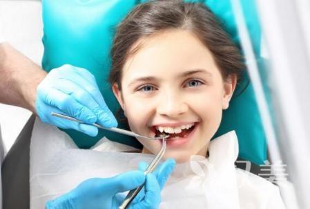 北京牙齿整形医院哪家好 矫正牙价目表 矫正牙齿需要多长时间