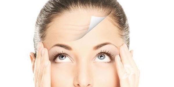 额头皱纹如何祛除 成都金荣整形激光除皱 让面部更年轻